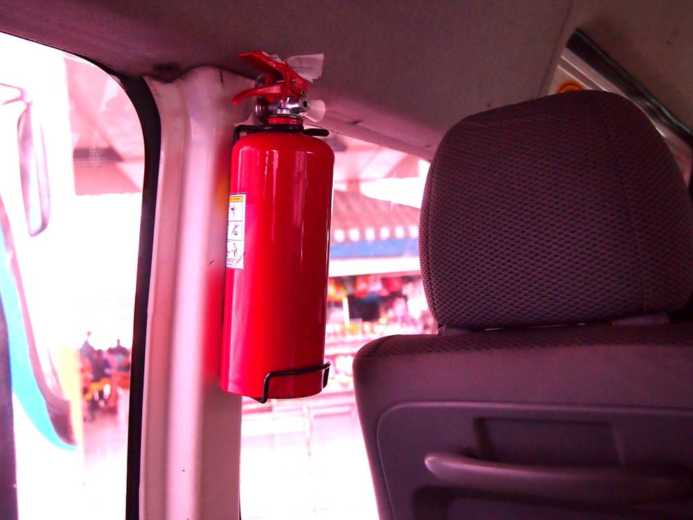 extincteur pour la voiture